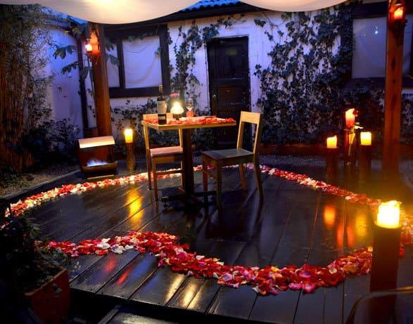 25 maravillosas ideas para una cena rom ntica en pareja - Cena romantica con velas ...